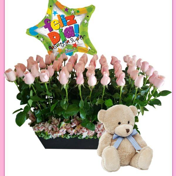 Arreglo de rosas con oso y globo