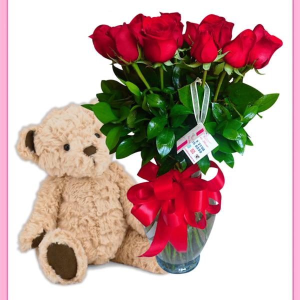 Arreglo floral de rosas rojas 18 piezas con oso de peluche