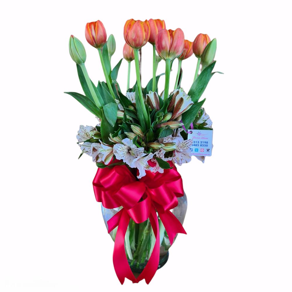 Arreglo de 10 tulipanes y alstroemerias
