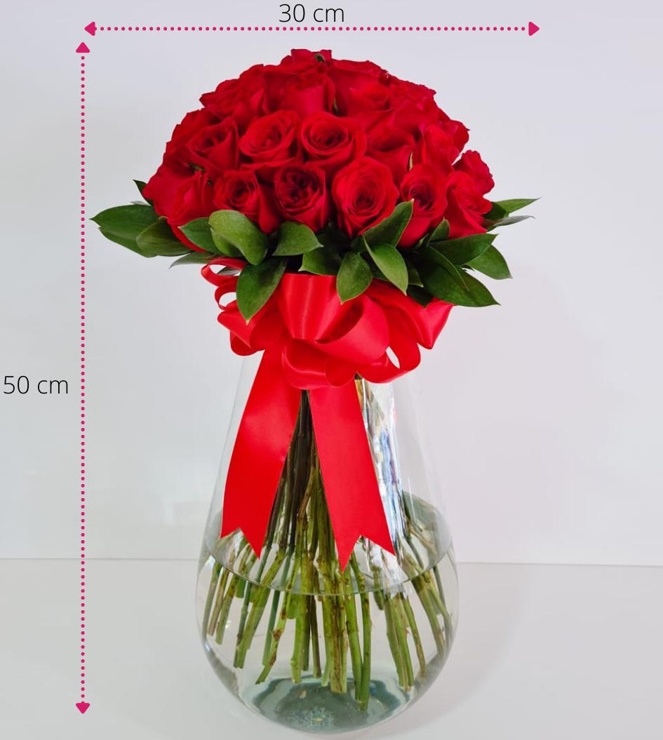 Arreglo con rosas rojas 48 piezas