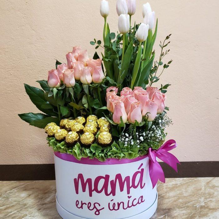 Caja de rosas para mamá