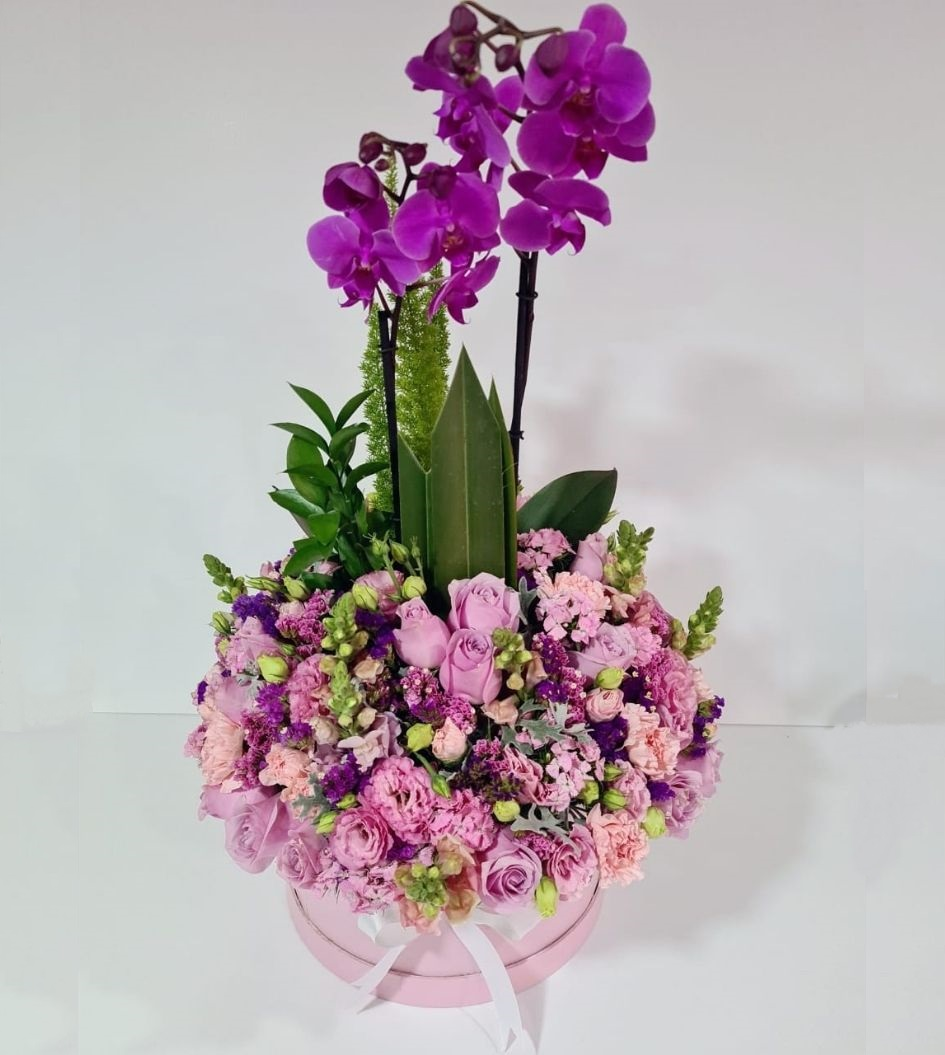 Caja de rosas y orquídeas: Flores para Mamá